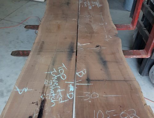 Salvaged Urban Tree Creates Amazing Live Edge Table